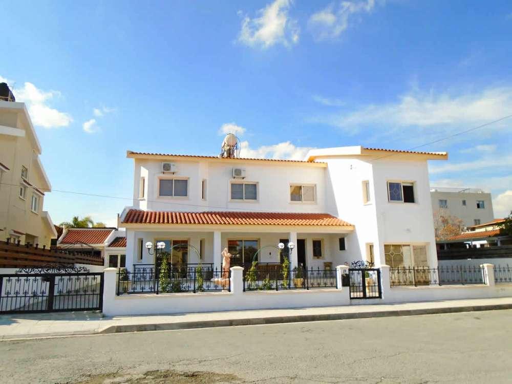 Σπίτι στην Αραδίππου προς πώληση