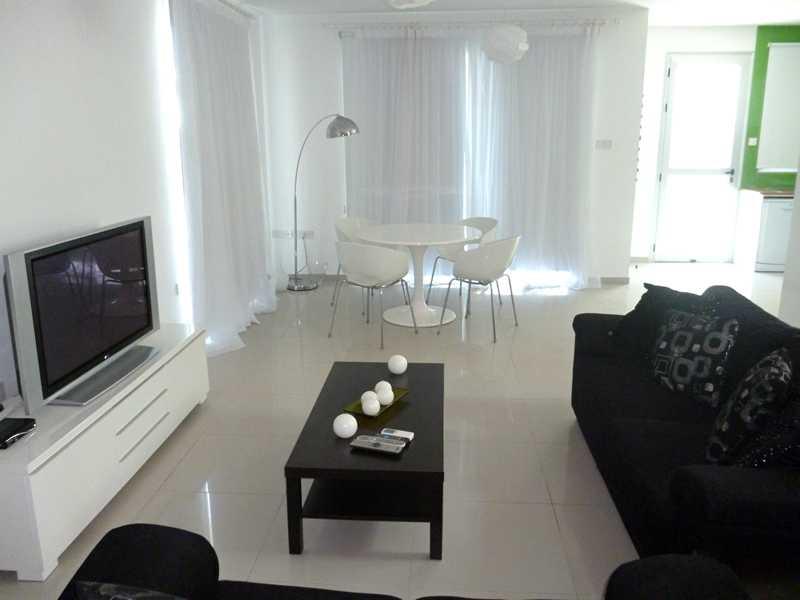 buy house in Larnaca Cyprus