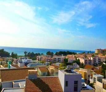 Διαμέρισμα προς πώληση Λεμεσός με θέα θάλασσα