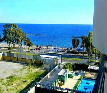Продается квартира с видом на море Лимассол