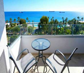 BEACHFRONT APARTMENT FOR SALE IN LIMASSOL
