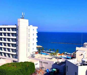 SEA VIEW APARTMENT LIMASSOL