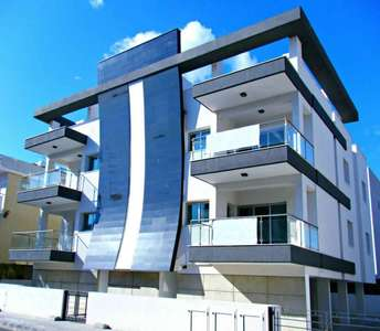 SEASIDE APARTMENT TOURIST AREA LIMASSOL