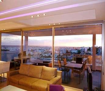 Продается квартира с видом на море в Лимассоле