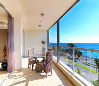 LUXURY SEAFRONT PROPERTY IN LIMASSOL