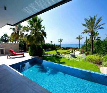 SEAFRONT VILLAS FOR SALE LIMASSOL