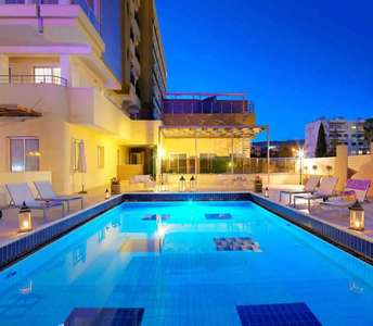 BEACH APARTMENT FOR SALE IN LIMASSOL