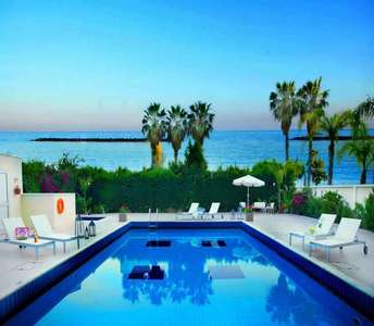 BEACH GROUND FLOOR PROPERTY LIMASSOL