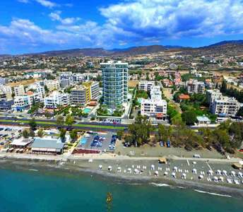 SEAFRONT LUXURY FLATS IN LIMASSOL