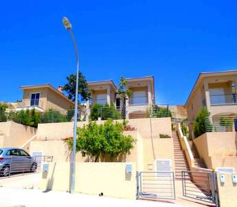 BUY SEA VIEW HOME IN LIMASSOL