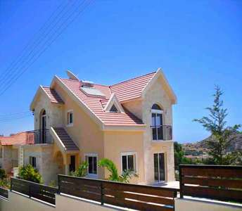 LIMASSOL VILLAS FOR SALE