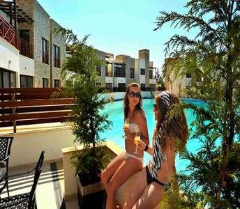 Παραλιακά σπίτια Λεμεσός