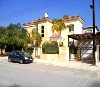 HOME IN LIMASSOL FOR SALE