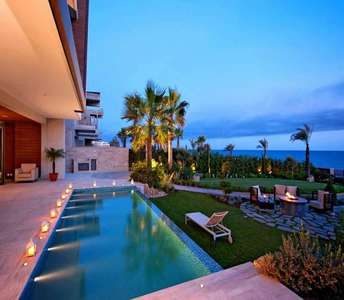 BUY SEAFRONT LUXURY VILLAS LIMASSOL