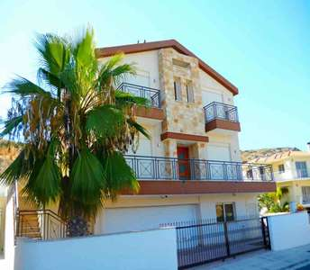 SEA VIEW HOUSE FOR SALE YERMASOYIA LIMASSOL