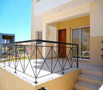 Buy property Oroklini Larnaca
