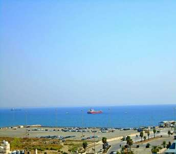 BUY SEA VIEW APARTMENT IN LARNACA