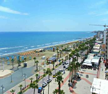APARTMENT FOR SALE FINIKOUDES BEACH LARNACA