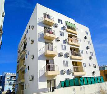 BUY APARTMENT IN CITY CENTER LARNACA