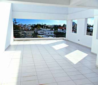 BUY PENTHOUSE IN CITY CENTRE LARNACA