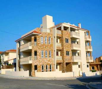 BUY APARTMENT KRASA LARNACA