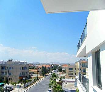 BUY 1-BEDROOM PENTHOUSE CENTRE LARNACA