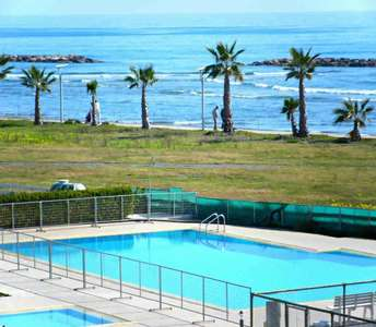 SEAFRONT APARTMENT FOR SALE DHEKELIA LARNACA