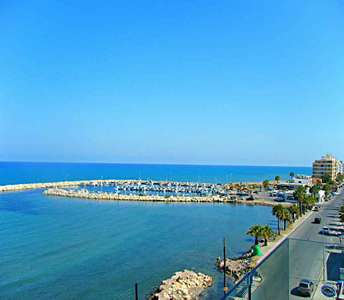 SEAFRONT APARTMENT FOR SALE MACKENZIE LARNACA