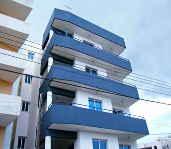 WHOLE FLOOR APARTMENTS FOR SALE LARNACA