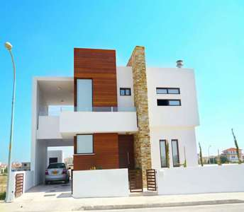 House for sale in Larnaca