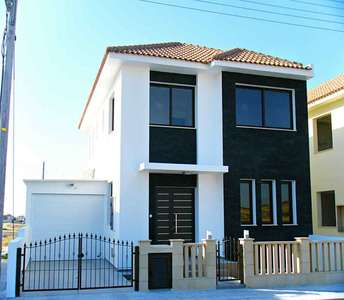 HOUSE FOR SALE LIVADIA LARNACA