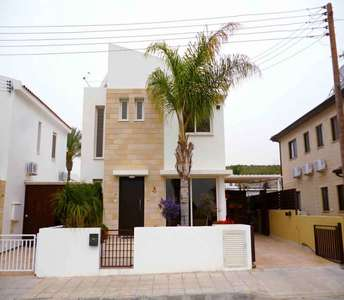 HOME IN PYLA FOR SALE