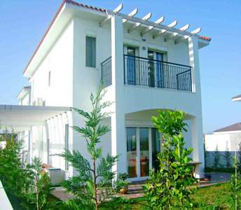 Buy house in Larnaca