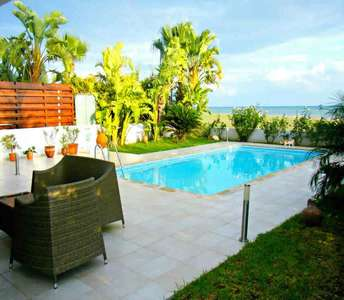 Seafront house for sale Larnaca