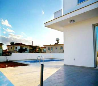CYPRUS LARNACA HOME FOR SALE