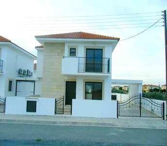 PROPERTIES FOR SALE PYLA LARNACA