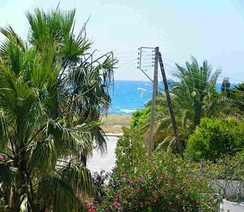SEASIDE VILLAS FOR SALE LARNACA