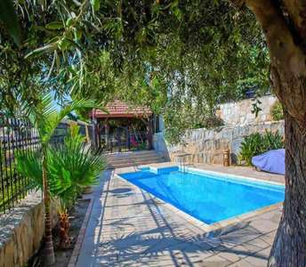 VILLA FOR SALE AYIA FYLA LIMASSOL