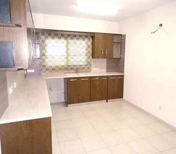 4 BEDROOM APARTMENT IN LARNACA