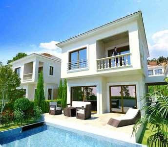 Αγορά κατοικίας Λεμεσός με πισίνα