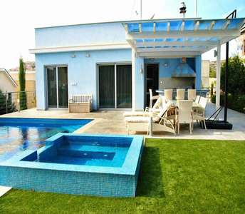 Beach villa for sale in Limassol