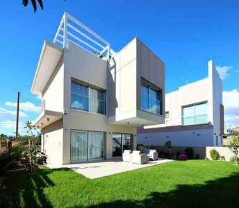 PAREKKLISIA HOUSE FOR SALE IN LIMASSOL