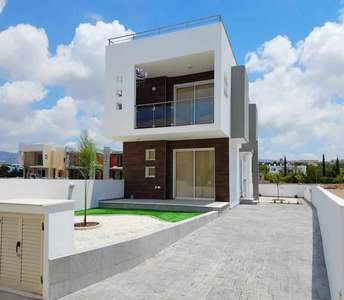 Modern home in Paphos