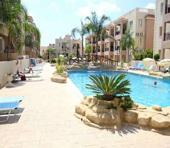 BEACH FLAT FOR SALE IN PAPHOS