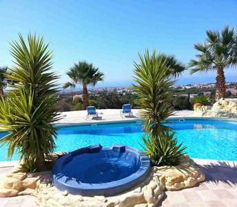 SEA VIEW FLAT FOR SALE PAPHOS