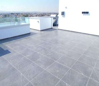 PENTHOUSE WITH ROOF GARDEN LARNACA