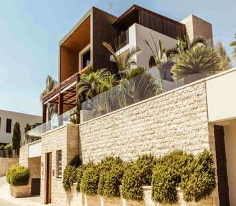 SEAFRONT VILLA FOR SALE LIMASSOL
