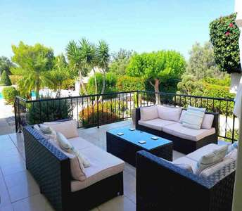 House in Paphos with title deed