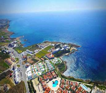 Seafront villas to buy in Paphos