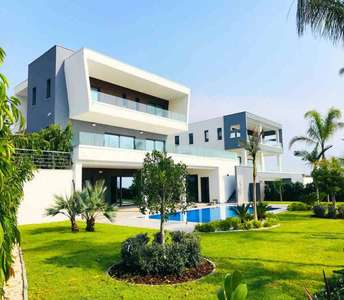 MODERN VILLA FOR SALE LIMASSOL